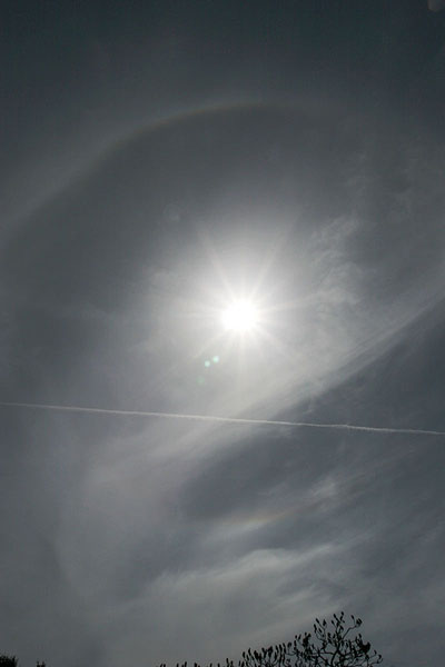 upper and lower tangent arc with fragments of 22° halo