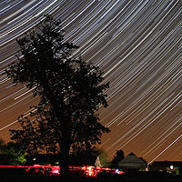 startrails rising summer triangle